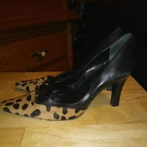Shoes - Paraphrase leapord print size 10